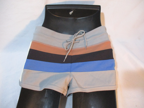 NWT NEW MARC JACOBS DAPPER GREY Multi Shorts BLACK S Athletic Fitness Stripe
