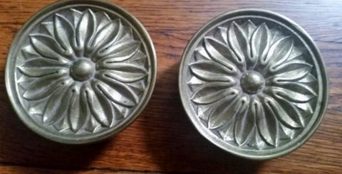 "Set 2 Signed BRASS SUNFLOWER Knobs Hardware Handle 4.25"" Drawer Pull A6935"