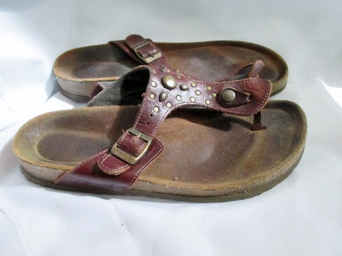 Womens NAOT ISRAEL SANDALS SHOES LEATHER Thong Flip Flop BROWN 10 Stud