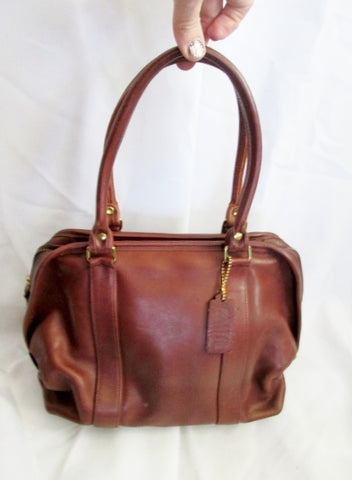 COACH 118 HAMPTONS WEEKEND SWING PACK Leather Bag BROWN Satchel Purse
