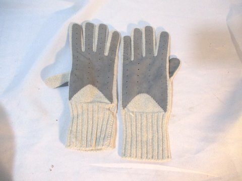 NEW BARNEY'S NEW YORK CASHMERE Winter Driving Gloves 6.5 BEIGE GRAY NWT