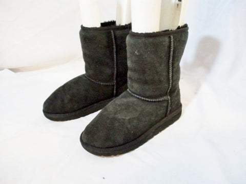 Kids Girls UGG AUSTRALIA 5251 CLASSIC SHORT Suede BOOTS Shoe BLACK 3