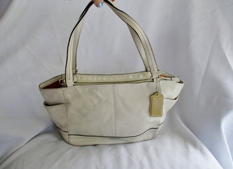 COACH F23284 Park Signature Carrie Shoulder Tote Handbag Purse CREME WHITE