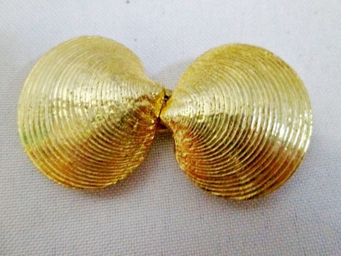 Vintage 1975 Mimi Di N Belt Buckle OYSTER SHELL SEASHELL MERMAID BELT BUCKLE Gold Tone