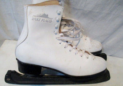 EUC Womens Ladies LAKE PLACID CANADA Figure Ice Skates 9 White Leather