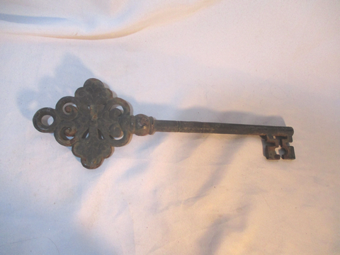 "Vintage 18"" ANTIQUE Cast Iron KEY Primitive BLACK Art Architectural Salvage Rustic"