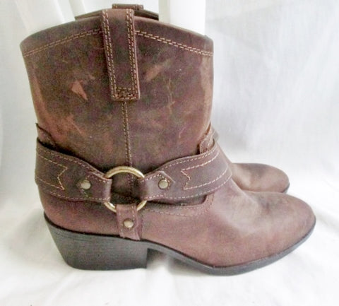 EUC Womens MOSSIMO SUPPLY CO. Leather HARNESS Engineer BOOTS 9.5 BROWN