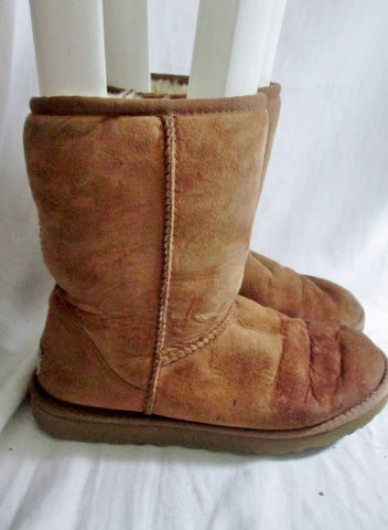 Womens UGG AUSTRALIA 5825 CLASSIC Short Suede Winter BOOTS 7 BROWN CHESTNUT
