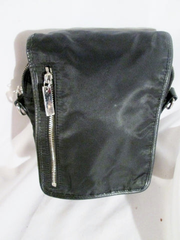 LEVENGER Nylon Leather Shoulder Bag Crossbody Swingpack Purse BLACK Case Pouch