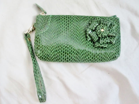 NEW Pebbled PYTHON Floral Leather WALLET Wristlet Change Purse GREEN Boho