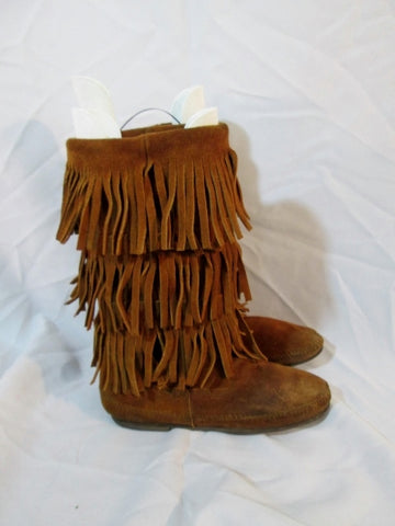 Womens MINNETONKA Tiered Suede Fringe Boot Moccasin Hippy BROWN 8