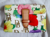 NEW DOONEY & BOURKE Coated Cotton Floral Print Janine Purse Wallet Pouch Case