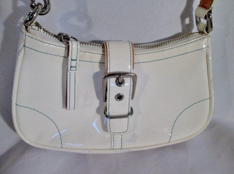 COACH 6731 Patent Leather Handbag Wristlet Pouch Baguette Bag WHITE Purse BLUE Stitch