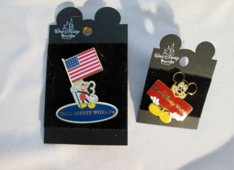 NEW Set MICKEY MOUSE WALT DISNEY WORLD ENAMEL PIN PASS HOLDER Brooch Collectible