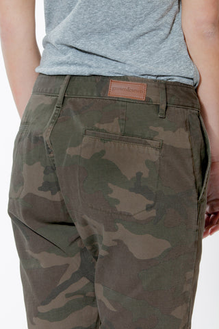 NEW MENS GROWN & SEWN USA 30 X 34 INDEPENDENT SLIM PANT CAMO Jeans
