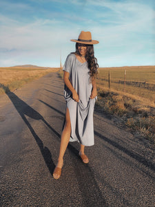 T-Shirt Maxi Dress with Pockets in Titanium