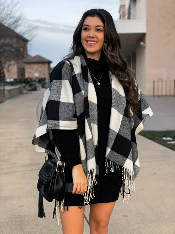 Winter Nights Poncho in White