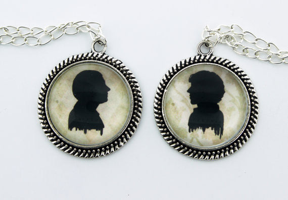 Holmes & Watson Silhouette Friendship Necklace Set