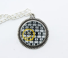 Bored! Smiley Metal Pendant Necklace - Consulting Fangeeks - 1