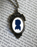 Sherlock Holmes Metal Necklace - Consulting Fangeeks - 1