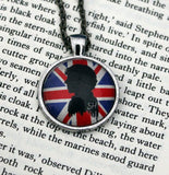 Holmes & Watson Silhouette Friendship Necklace Set - Consulting Fangeeks - 2