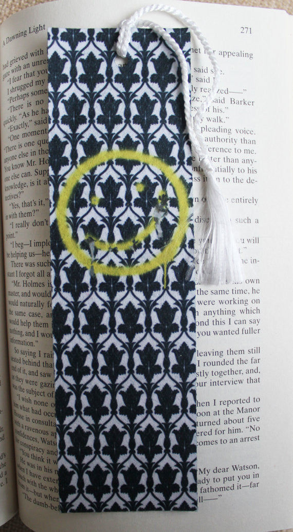 Bored! Smiley & 221B Door Felt Bookmark - Consulting Fangeeks - 1