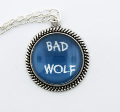 Bad Wolf Metal Pendant Necklace - Consulting Fangeeks - 1