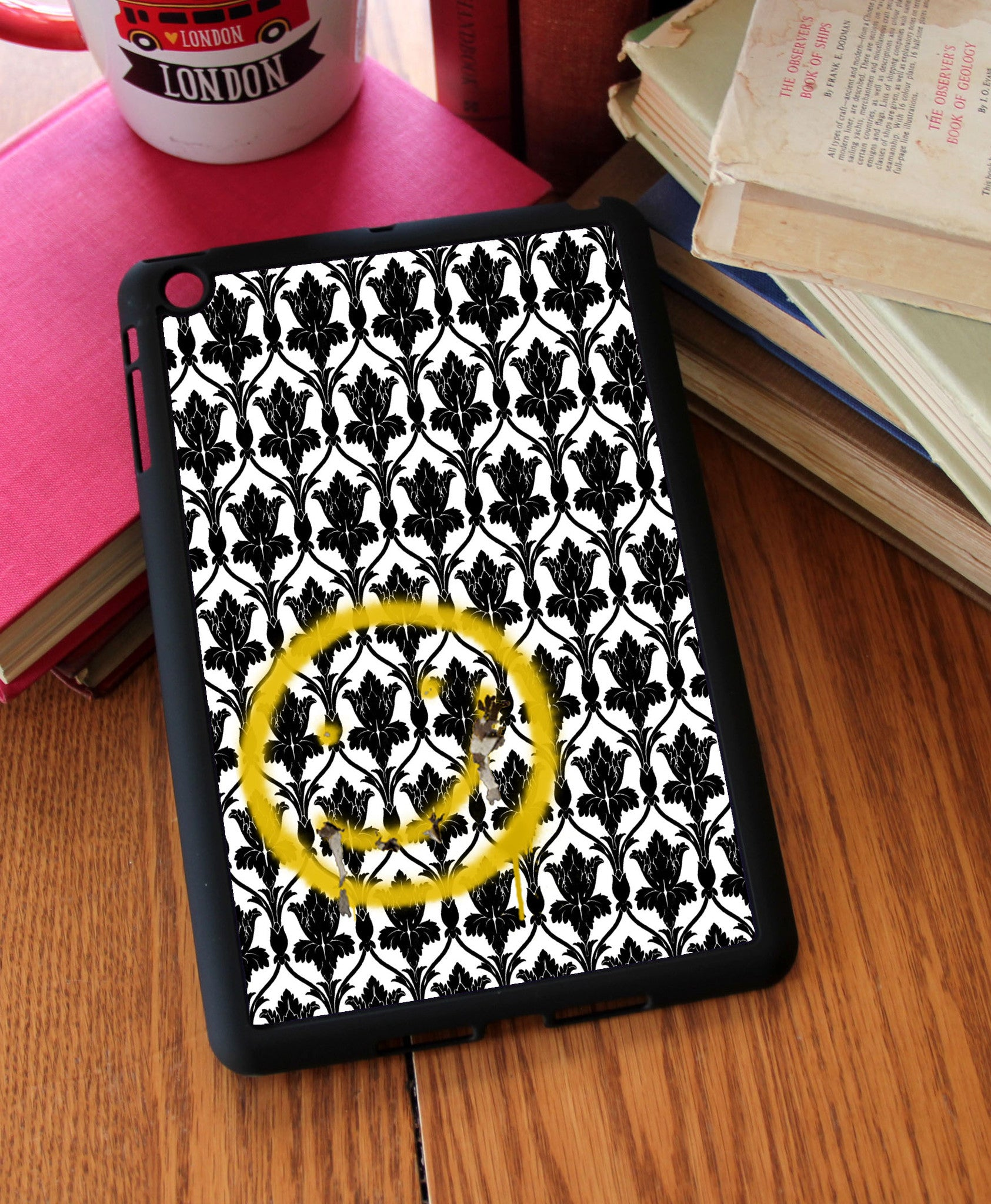 """Bored Smiley"" iPad 2,3,4, iPad Mini, Kindle Fire Case - Consulting Fangeeks - 1"