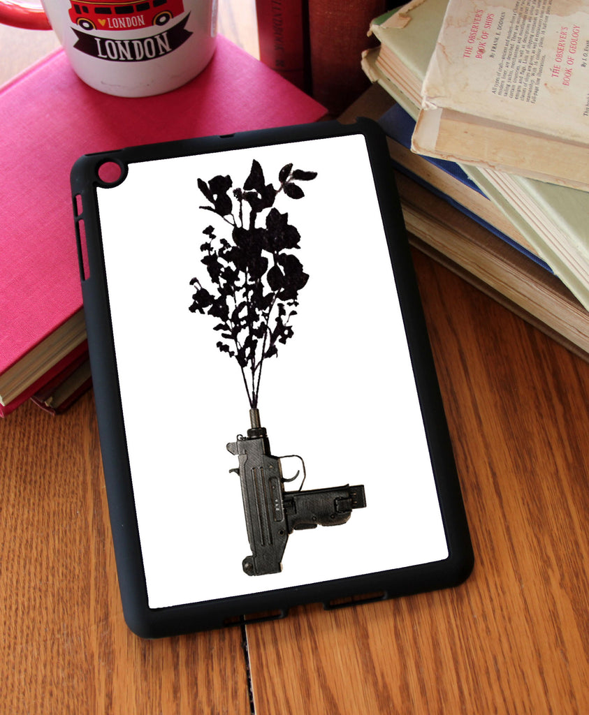 """Uzi Gun"" iPad 2,3,4, iPad Mini, Kindle Fire Case"