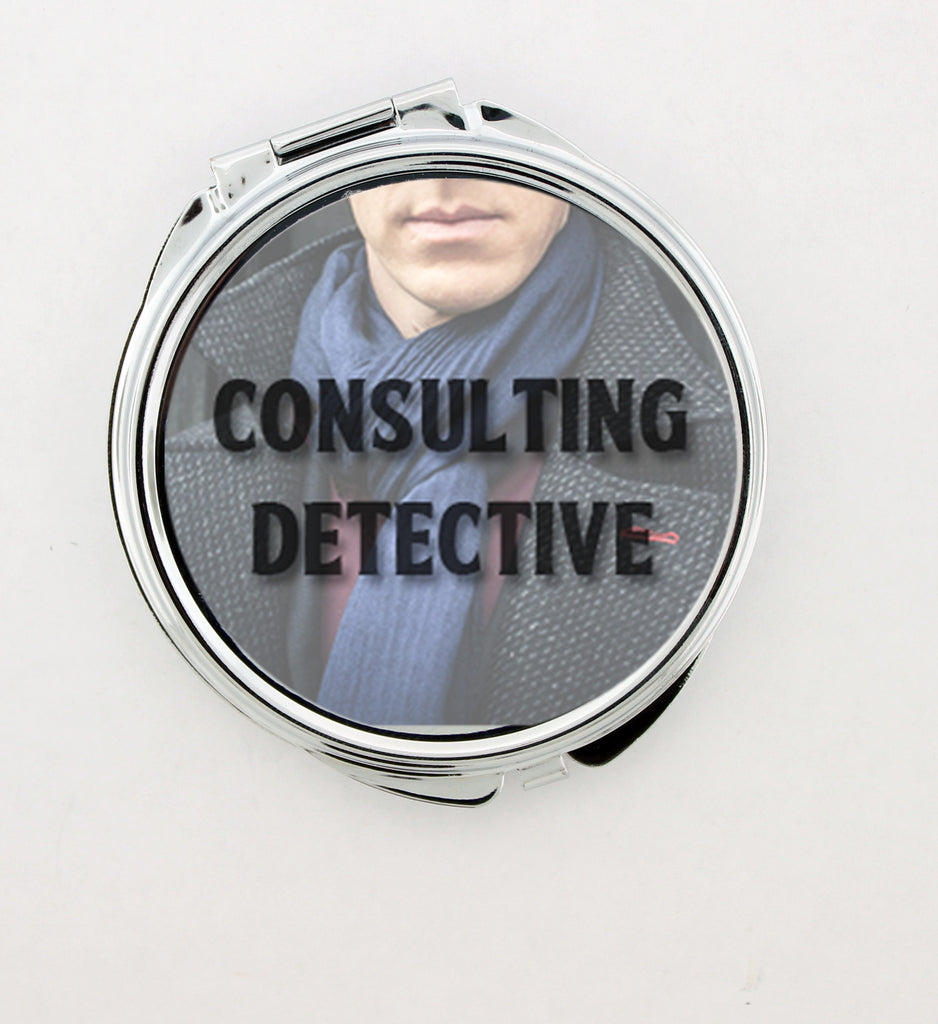 """Consulting Detective"" Foldable Hand Mirror"