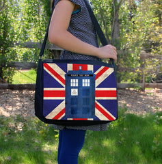 """Police Box in London""  Laptop Bag - Consulting Fangeeks - 1"
