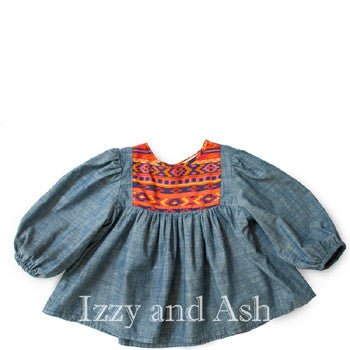 "<img src=""Anthem-of-the-Ants-Girls-Chambray-Native-Frida-Blouse-Fall-2015-Izzy-and-Ash.jpg"" alt=""Anthem of the Ants Girls Chambray Native Frida Blouse Fall 2015 Izzy and Ash"">"