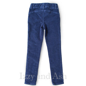 "<img src=""Anthem-of-the-Ants-Girls-Indigo-Corduroy-Pants-Fall-2015-Izzy-and-Ash-Back-View.jpg"" alt=""Anthem of the Ants Girls Indigo Corduroy Pants Fall 2015 Izzy and Ash Back"">"