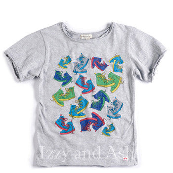 "<img src=""Appaman-Boys-Heather-Grey-Sneaker-Graphic-Print-Shirt-Spring-Summer-2017-Izzy-and-Ash.jpg"" alt=""Appaman Boys Heather Grey Sneaker Graphic T-Shirt Spring Summer 2015 Izzy and Ash"">"