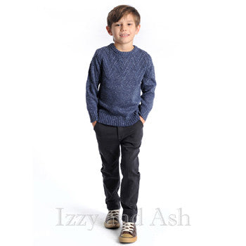 "<img src=""Appaman-Boys-Navy-Mercer-Speckle-Sweater-Model-View-Fall-2017-Izzy-and-Ash.jpg"" alt=""Appaman Boys Navy Mercer Speckle Sweater Model View Fall 2015 Izzy and Ash"">"