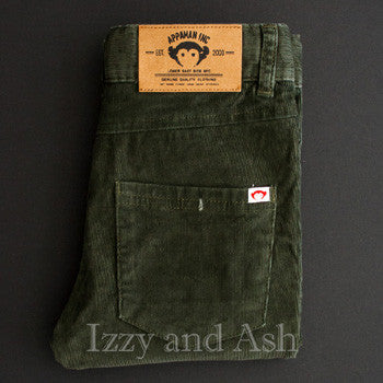 "<img src=""Appaman-Boys-Forest-Green-Skinny-Cords-Additional-View-Fall-2015-Izzy-and-Ash.jpg"" alt=""Appaman Boys Forest Green Skinny Corduroy Pants Additional View Fall 2015 Izzy and Ash"">"