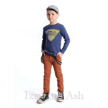 "<img src=""Appaman-Boys-Gingerbread-Bushwick-Pants-and-Warm-Olive-Suspenders-Retro-Racer-Tee-Fall-2015-Izzy-and-Ash.jpg"" alt=""Appaman Boys Gingerbread Bushwick Pants and Appaman Boys Warm Olive Suspeners Retro Racer Tee Fall 2015 Izzy and Ash"">"