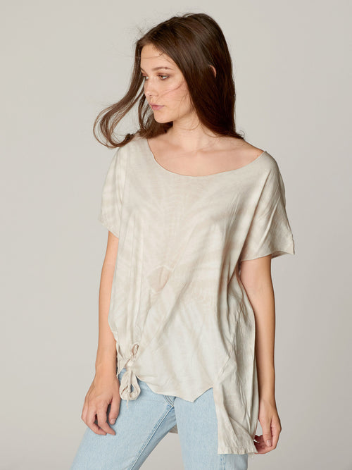 Tori Knotted Tee