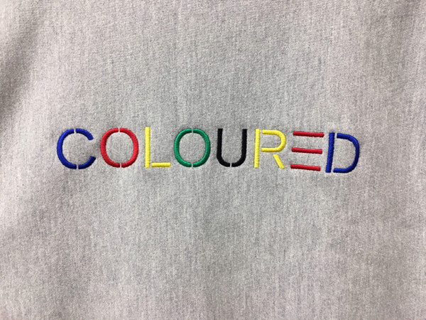 coloured_embroidered_crewneck_sweater_gray_detail