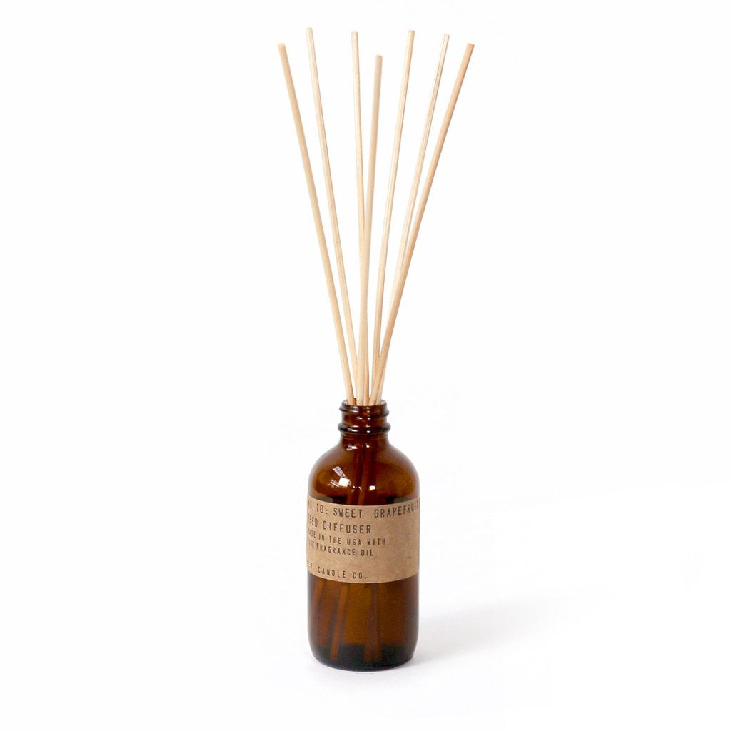 pf candle reed diffuser no. 10 / sweet grapefruit
