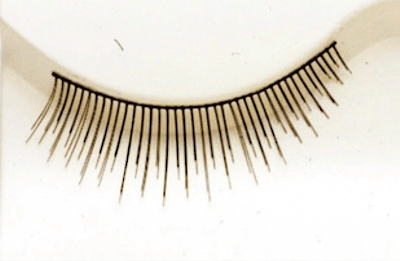 Lacey Costume Eyelash 390 - MaxWigs
