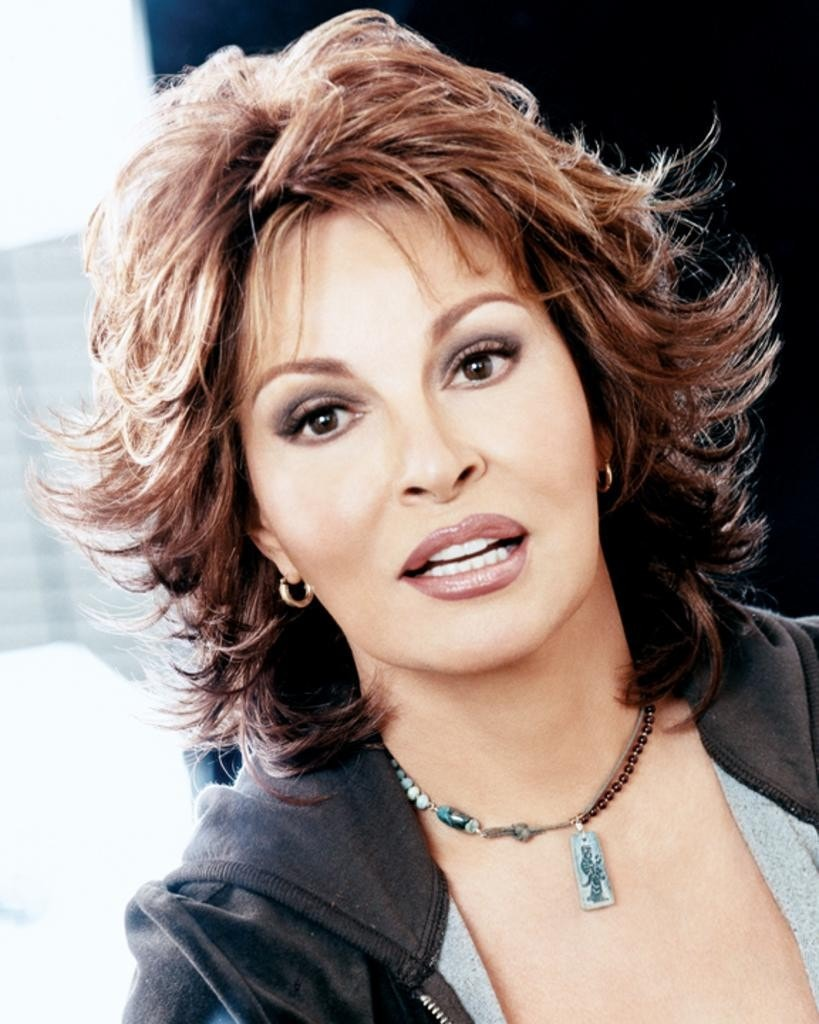 Breeze Textured Layers by Raquel Welch Wigs