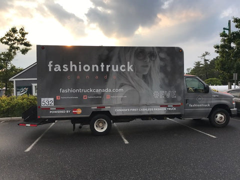 Book Your Fall Shopping Party with Fashiontruck Canada
