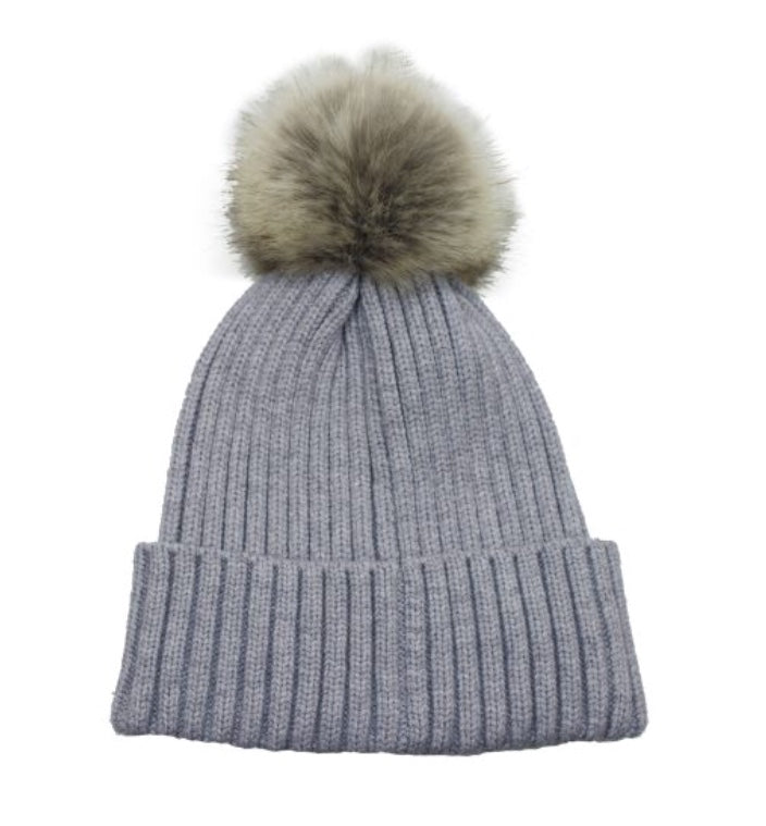 Toque with faux Fur Pompom in Light Grey