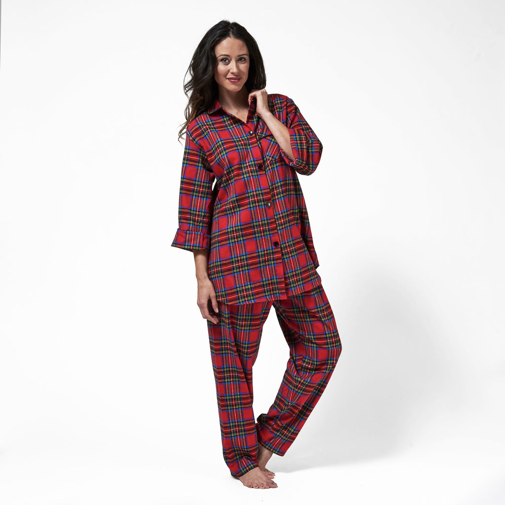 Rocky Mountain Flannel Easy Fit 2 Pc. Flannel Pyjamas in Royal Stewart Tartan Front View