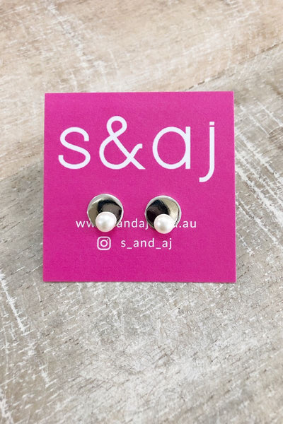 Silver Disc & 5mm Pearl Stud Earrings