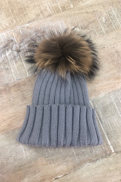 S&AJ - Wool Beanie w Raccoon Pom Pom | Light Grey