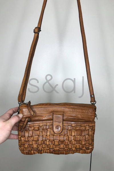 Rugged Hide - Sadie Woven Bag - Cognac