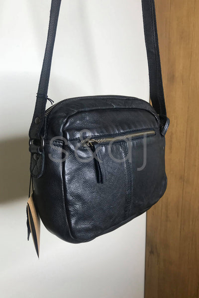 Rugged Hide - Brisbane - Small Cross Body - Black
