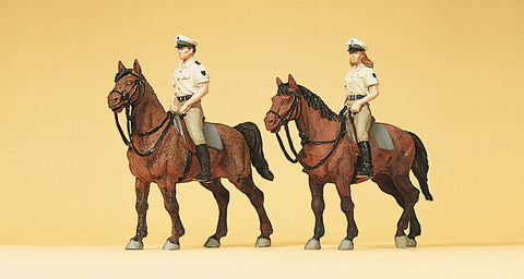 Preiser 10389 Horse riding police in summer uniform